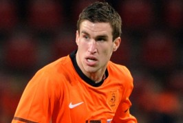 Kevin Strootman 4 266x179 Home, Manchester United News